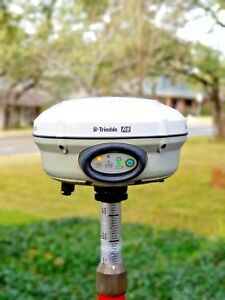 Trimble R8 Model 3 Gps Gnss Glonass Uhf 450 470mhz Rtk Base Rover Receiver