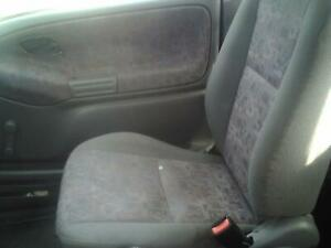 On Sale 99 00 01 02 03 04 Chevy Geo Tracker Front Seat 144390