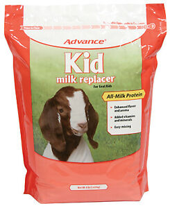 Manna Pro Corp Goat Kids Milk Replacer With Colostrum 8 lbs 0094020217