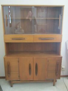 Vintage 1950 S Retro China Cabinet Hutch With Sliding Glass Doors