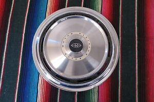 1971 1972 1973 Buick Riviera 15 Wheel Cover Hubcap One Only