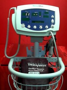 Welch Allyn 53nto W Stand Ja067108 Patient Monitor With Stand