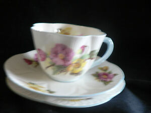 Shelley Tea Cup Saucer Trio In Begonia With Blue Trim And Handle