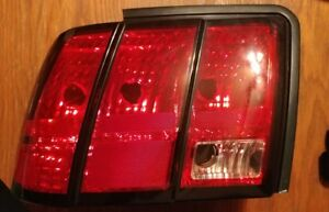 1999 2004 Ford Mustang Lh Tail Light Oem