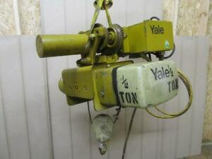 Yale Kew1 2 19st15s2 Electric Cable Wire Rope Hoist 1 2 Ton W power Trolley