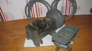 Nice Heinrich Pneumatic 3 Vise W Foot Pedal