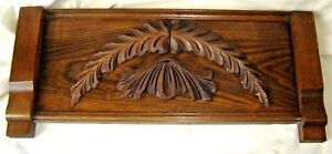 Antique Oak Or Chestnut Pediment With Applied Carving 8402