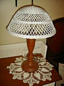 Antique Oak Lamp With Wicker Shade Double Pull Chain Sockets 8943