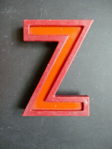 Awesome Vintage 1940 50s Distressed Cinema Letter Z Metal Perspex 20cm Tall
