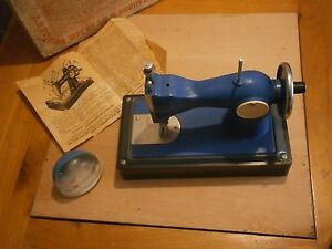 Antique Vintage Russian Avtopribor Shild Sewing Machine Toy