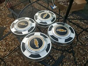 Vintage Set Of 4 1973 1974 1987 Chevy 1 2 Ton Truck Dog Dish Hubcaps 10 3 4