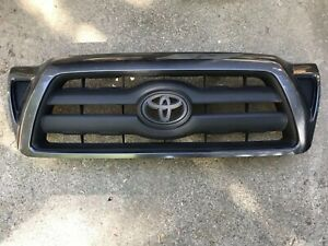 2005 2011 Toyota Tacoma Oem Front Radiator Grille 53100 04390 Magnetic Gray Grey