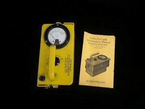 Vtg Victoreen Ocd Cdv 717 Model 1 Geiger Radiation Survey Meter With Manual