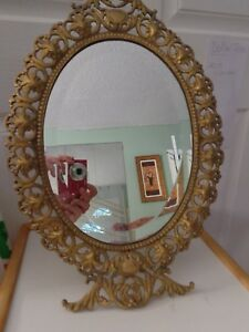 Vintage Table Stand Mirror 17 By 12 Beautiful Design Made In India