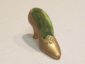 Vintage Golden Metal Victorian Style Green Clothes Pin Shoe Cushion