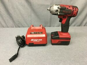 Used Snap On Tools Ct8810 18v Lithium Ion Cordless 3 8 Impact Wrench Set