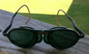 Vintage Wilson Steampunk Green Lense Foldable Welder Goggles