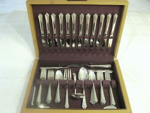 Oneida Damask Rose 70 Piece Sterling Silver Flatware Set Service For 12