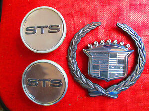 2000 Cadillac Sts Wheel Center Cap Caddy Grille Emblem Hub Cap