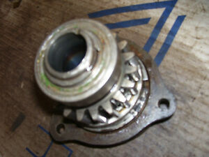 Vintage Oliver 88 Row Crop Tractor pto Drive Shaft Rear Base Casting Gear
