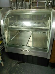used Beverage Air Cdr3 1 Curved Glass Refrigerated Bakery Display Case