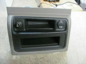 03 06 Silverado Sierra Yukon Center Console Upper Trim Bezel Tahoe Storage Gray
