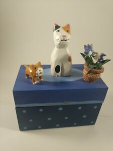 Painted Wood Box With Hand Carved Folk Art Cat And Kitten With Flower Pot