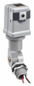 Intermatic Photocontrol 208 To 277vac Voltage 4150 Max Wattage Stem And