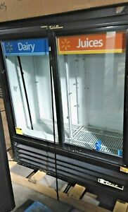 True 2 Glass Door Merchandiser Refrigerated Beverage Cooler Gdm 41sl 54 ld 3