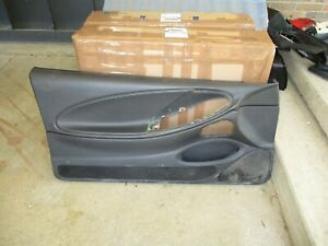 94 04 Ford Mustang Lh Drivers Side Door Panel Charcoal Color Left Used 5 0 4 6
