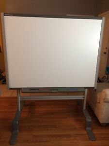Smarttech Interactive White Board Sb 660 With Stand Fully Functional