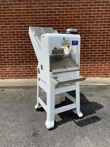 Oliver Gravity Feed Bread Bakery Slicer 797 32nc Restaurant Equipment 2003