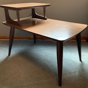 Vintage Mid Century Modern Furniture 2 Tier Step Up Side End Table Tapered Legs