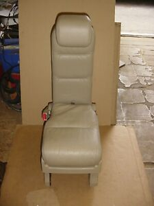 05 06 07 08 09 10 Honda Odyssey 2nd Row Middle Jump Seat Tan Leather