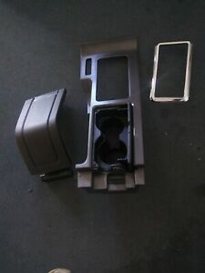 2010 14 Ford Mustang Center Console W Armrest Oem Gray P n Cr3z6304567ab