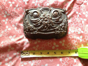 Vintage Syroco Wood Art Nouveau Lidded Dresser Trinket Jewelry Box Rustic