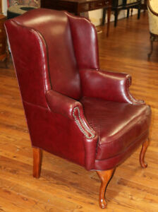 Nice Burgundy Leather Mid Size Office Desk Wing Chair C1980 Good Condition