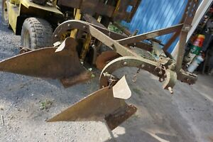Oliver 3214 3 point Hitch 2 bottom Plow