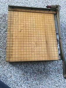 Vtg Ingento Cutting Board Paper Cutter No 3 With 12 Blade Cast Iron Handle