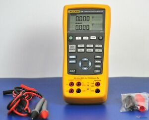 Fluke 724 Temperature Process Calibrator Nist Calibrated With Fluke Leads