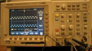Tektronix Tds3032b Digital Oscilloscope 300mhz 2 channel 2 5gs