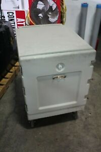 Cambro Cmb1826l Insulated Hot cold Holding Cabinet Mobile Food Cart