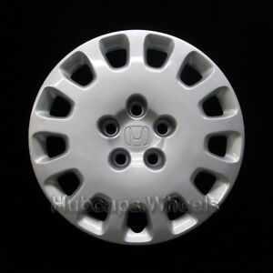 Honda Odyssey 16 inch Hubcap 2002 2004 Professionally Reconditioned