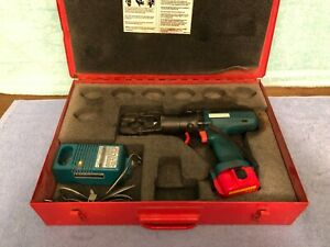 Used Burndy Bct 500 Crimping Tool Bct500 W Charger And Metal Case