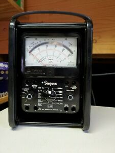 Simpson Model 260 Multimeter W Roll Top Cover Bakelite Hard Case With Leads