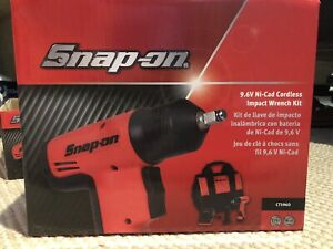 Snap on Ct5960 Cordless Impact Wrench Kit