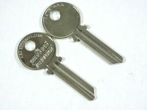 Medeco Original 2 new Commercial Key Ky 105600 Round bow Uncut 1515 5 pins