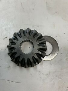 John Deere Amt600 622 626 Pinion Gear R91147 Transmission Parts Used 11 19