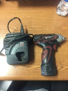 Matco Muc122iw 1 4 12v Impact Wrench With Battery Charger Used
