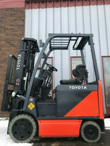 2014 Toyota 8fbcu25 Ee Rated 5000lb Capacity Electric Forklift Lease 366